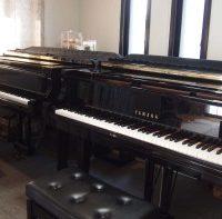 ピアノ2種類ご用意しております